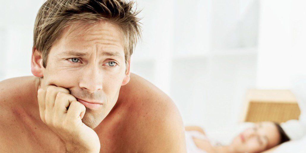 az erekció egy tag behelyezésekor esik erekciós kezelés népi gyógymódokkal