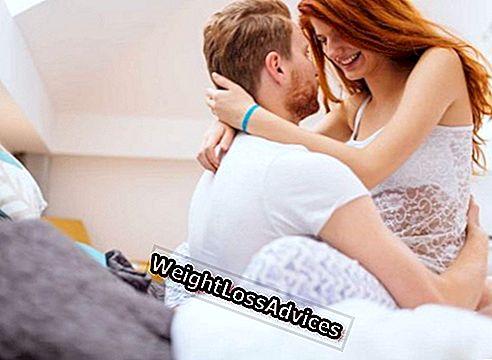 erekciót tartani normális pénisz emberben