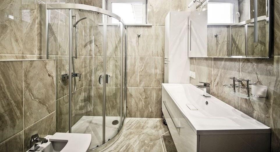 kontraszt zuhany felállítása)