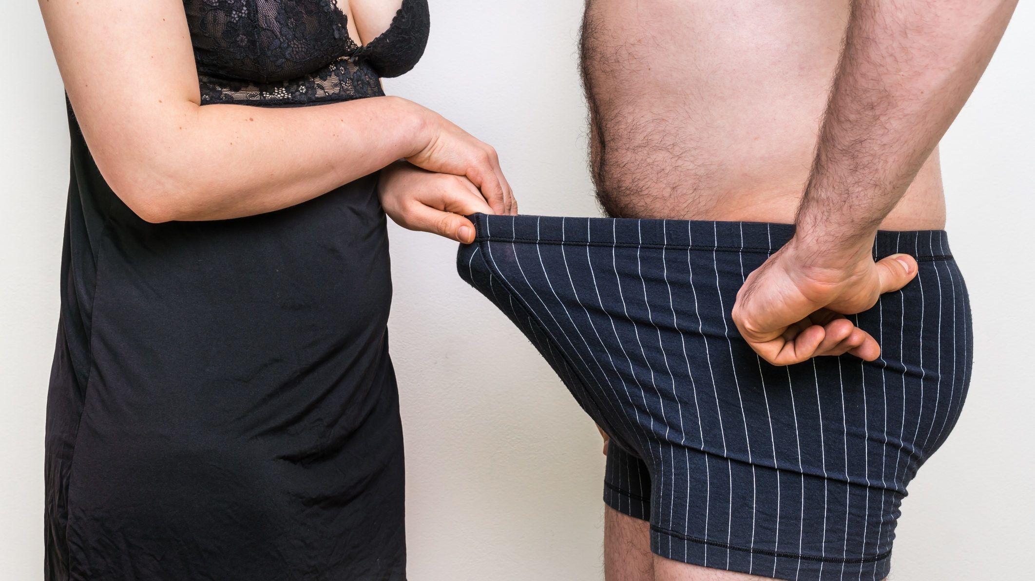 milyen méretű a kis pénisz szabad legyen kitenni a fejet az erekció során